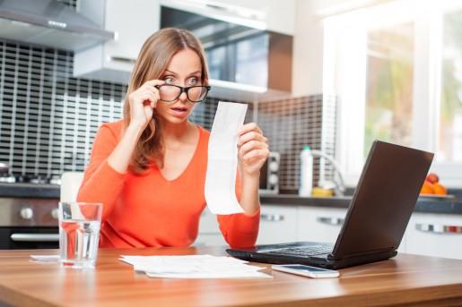 ¿Puede deducirse el gasto de la ropa de trabajo en las liquidaciones del IVA y del IRPF?