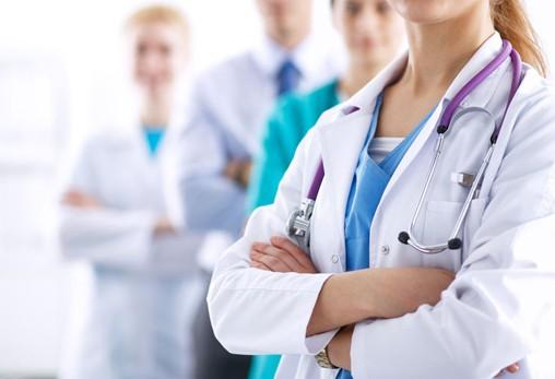 El mes de setembre tots els estudiants d'infermeria i medicina estrenen bata sanitària!